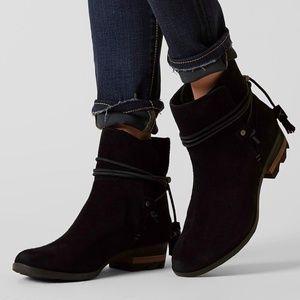 Sorel Farah short black suede slip on boots